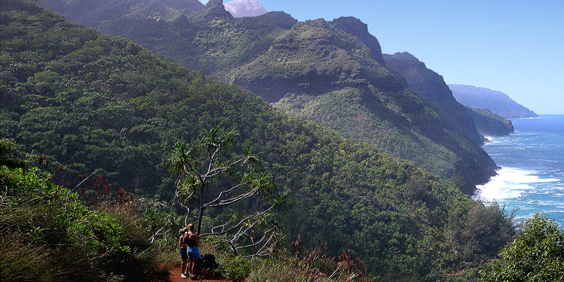 Na Pali Hiking Adventure